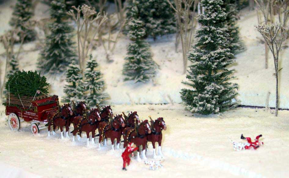 Clydesdales Christmas Wallpaper Wallpapersafari