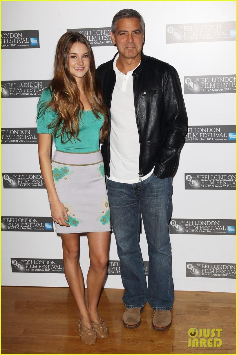 George Clooney larawan George Clooney Stacy Keibler 817x1222
