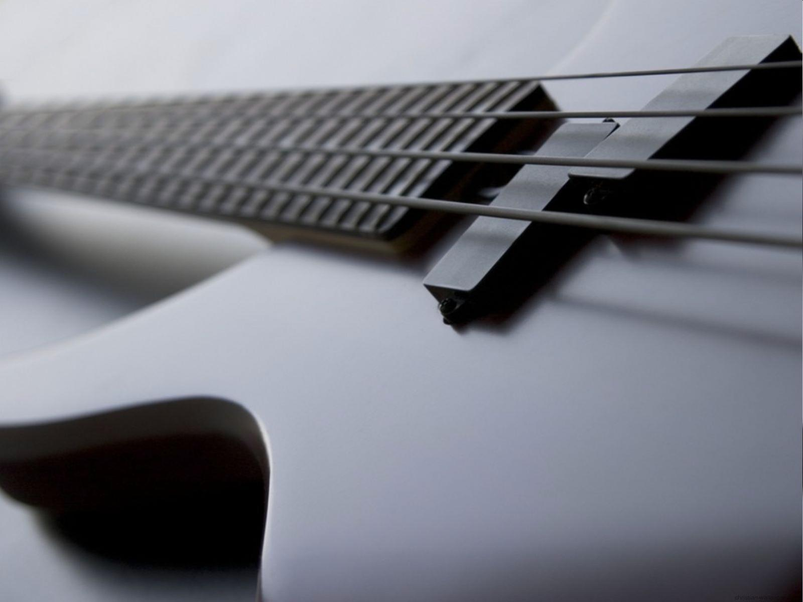 77 Bass Guitar Wallpaper On Wallpapersafari