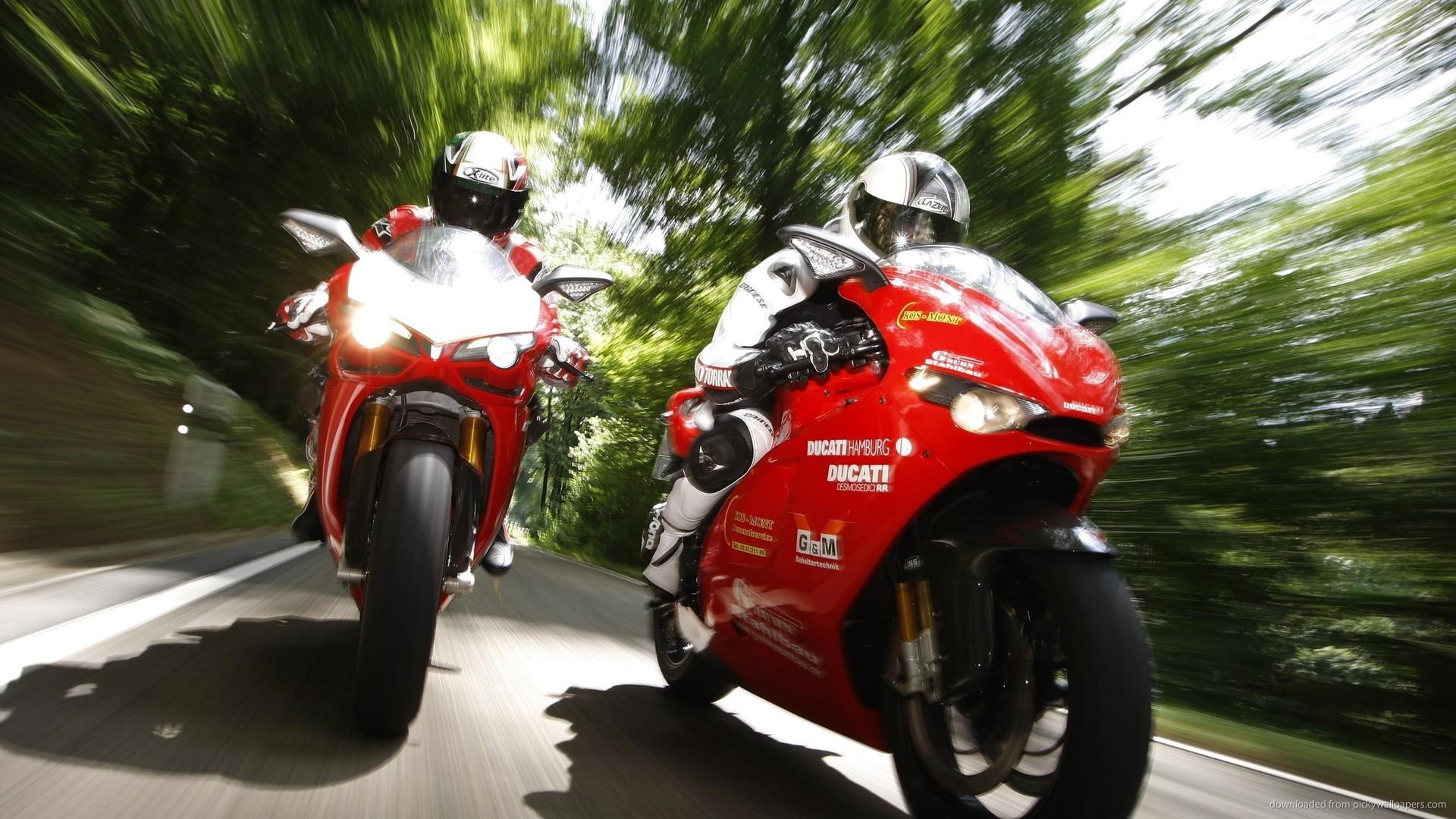 спортивный мотоцикл Honda  № 3935594 без смс