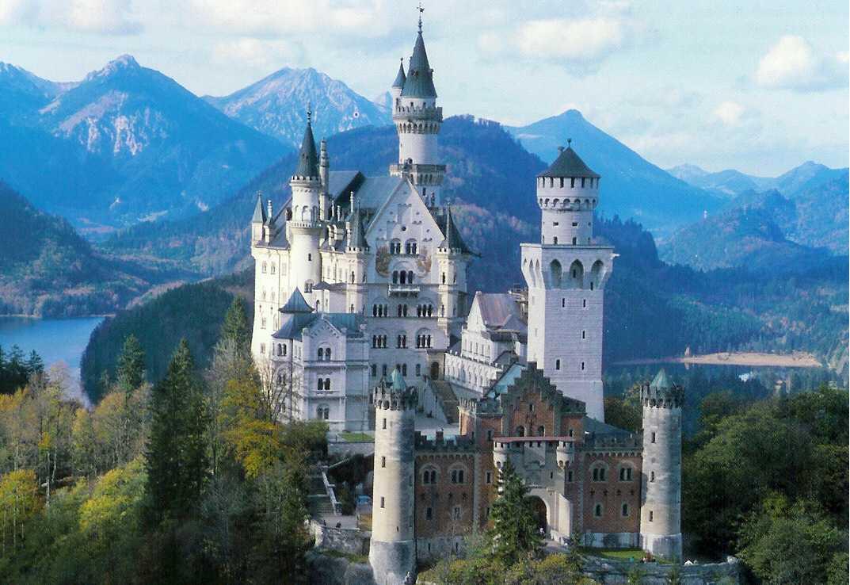 Neuschwanstein castle pictures Lancastrianet 1073x738