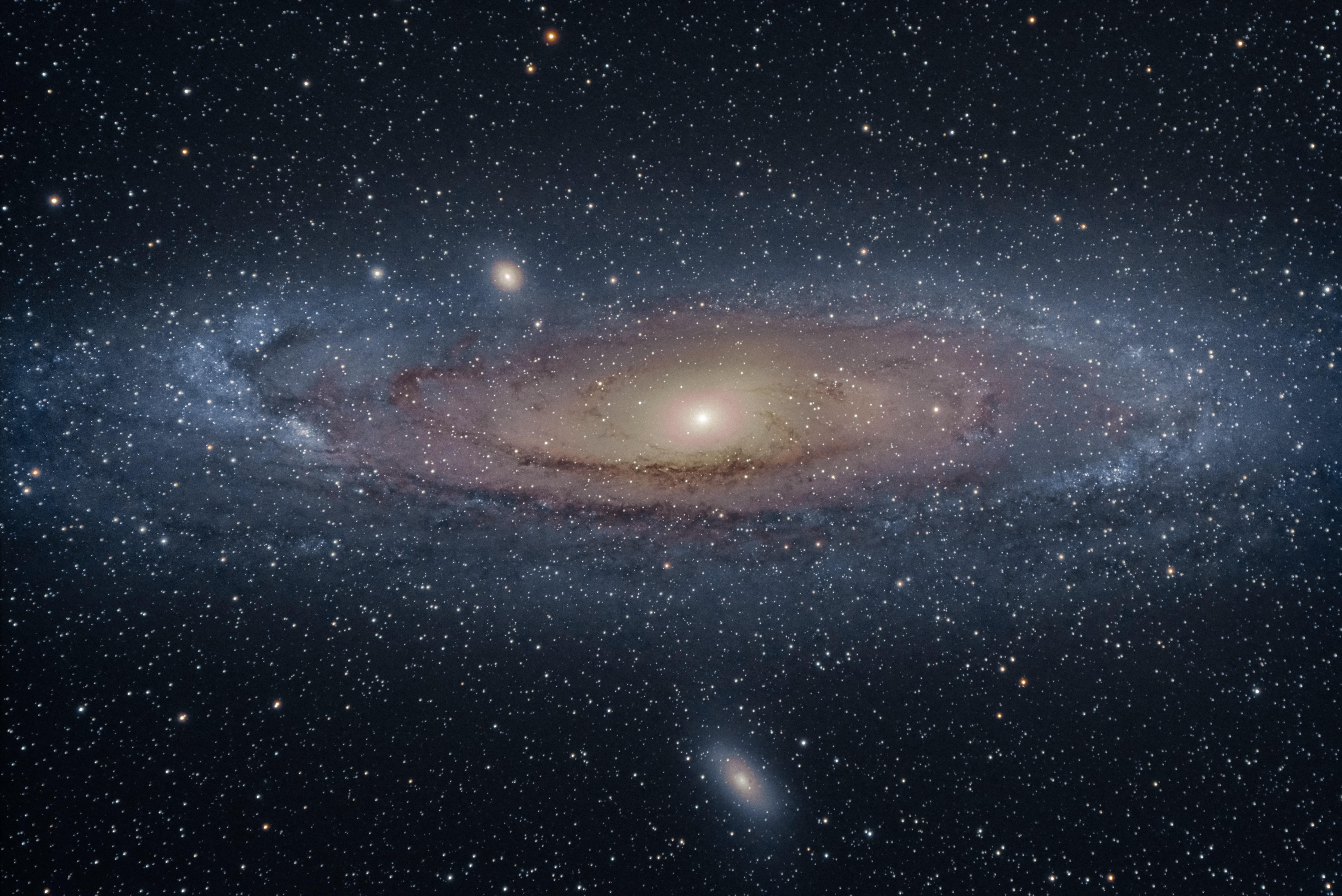 Andromeda Galaxy through Telescope id157040 Buzzergcom 5971x3989