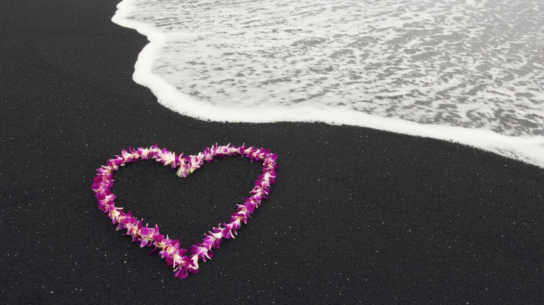 Heart on Beach Wallpapers   9944 1440x810