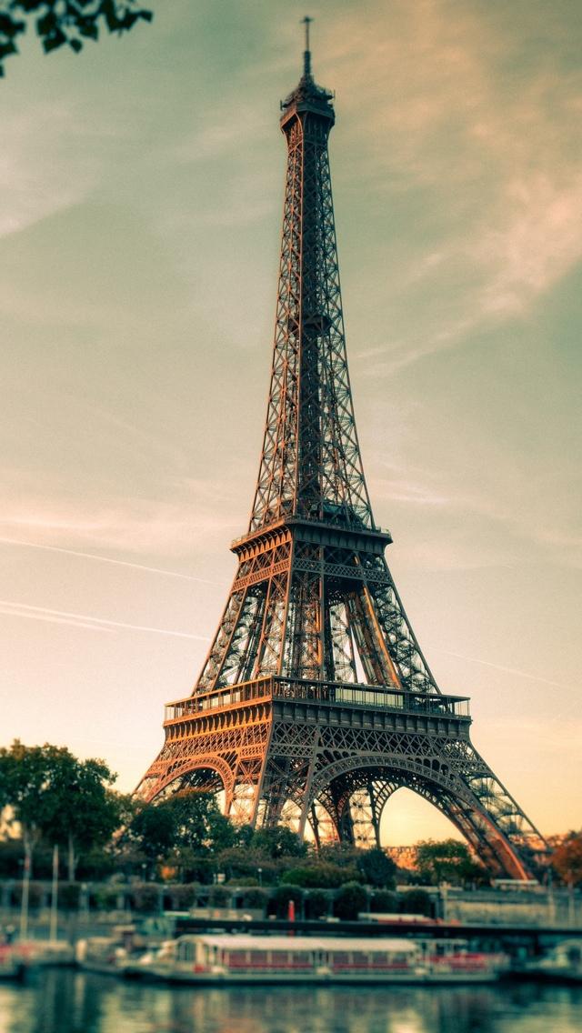 45 Girly Eiffel Tower Wallpaper On Wallpapersafari