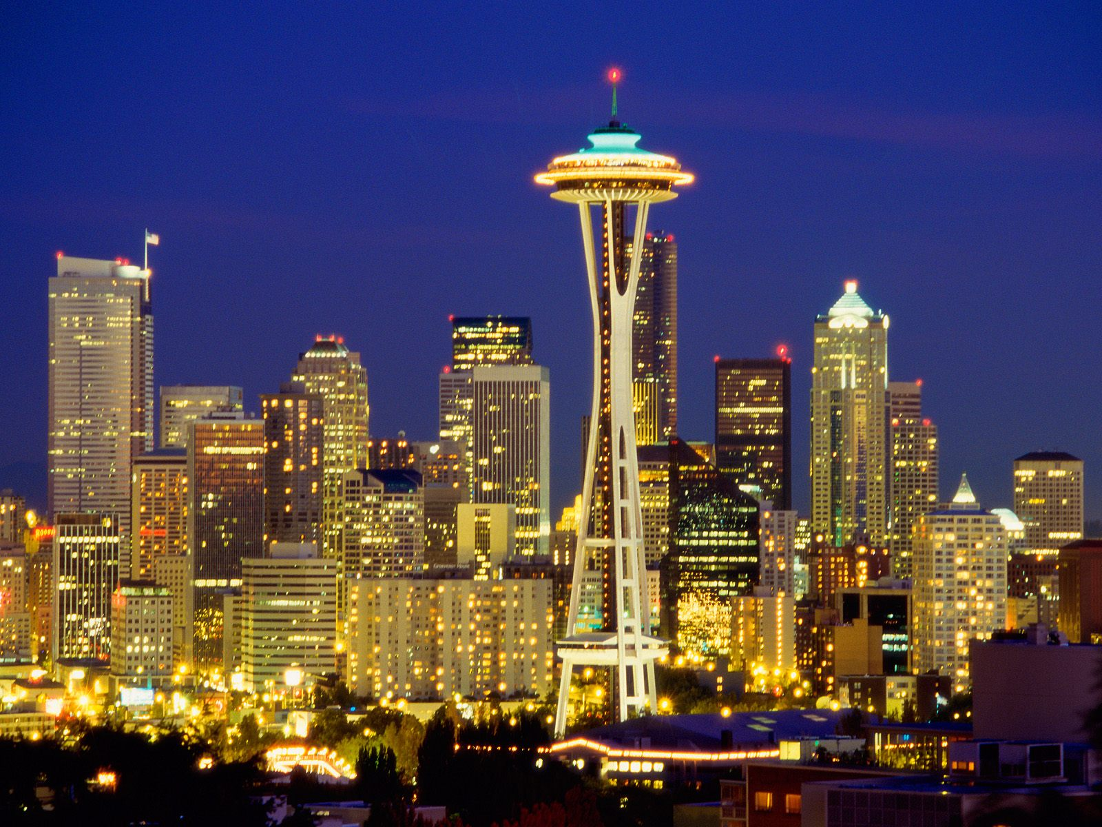 Seattle Skyline At Night Wallpaper 1600x1200