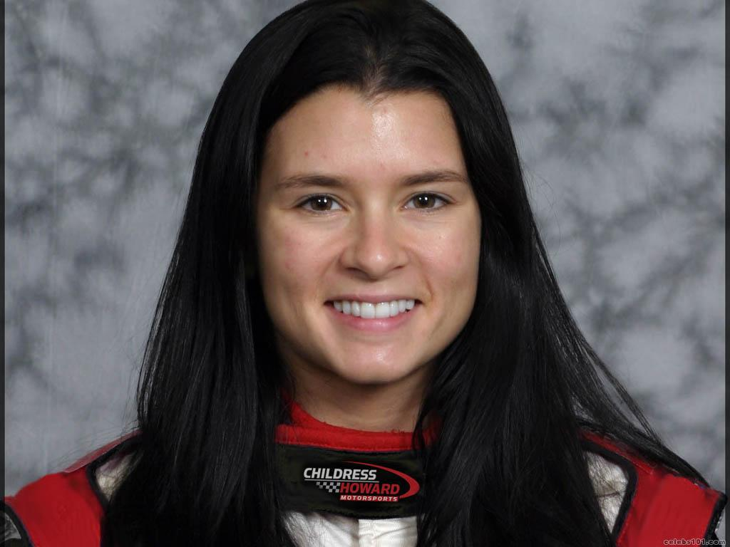 Danica Patrick High quality wallpaper size 1024x768 of Danica patrick 1024x768