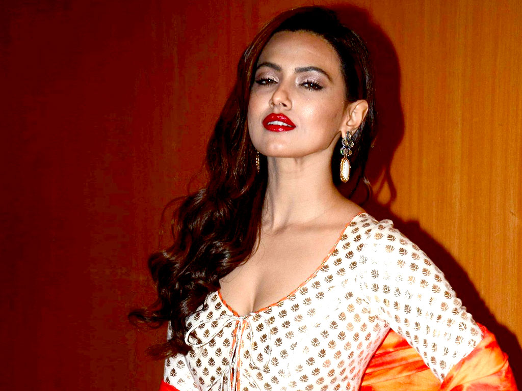 Sana Khan HQ Wallpapers Sana Khan Wallpapers   30336   Filmibeat 1024x768