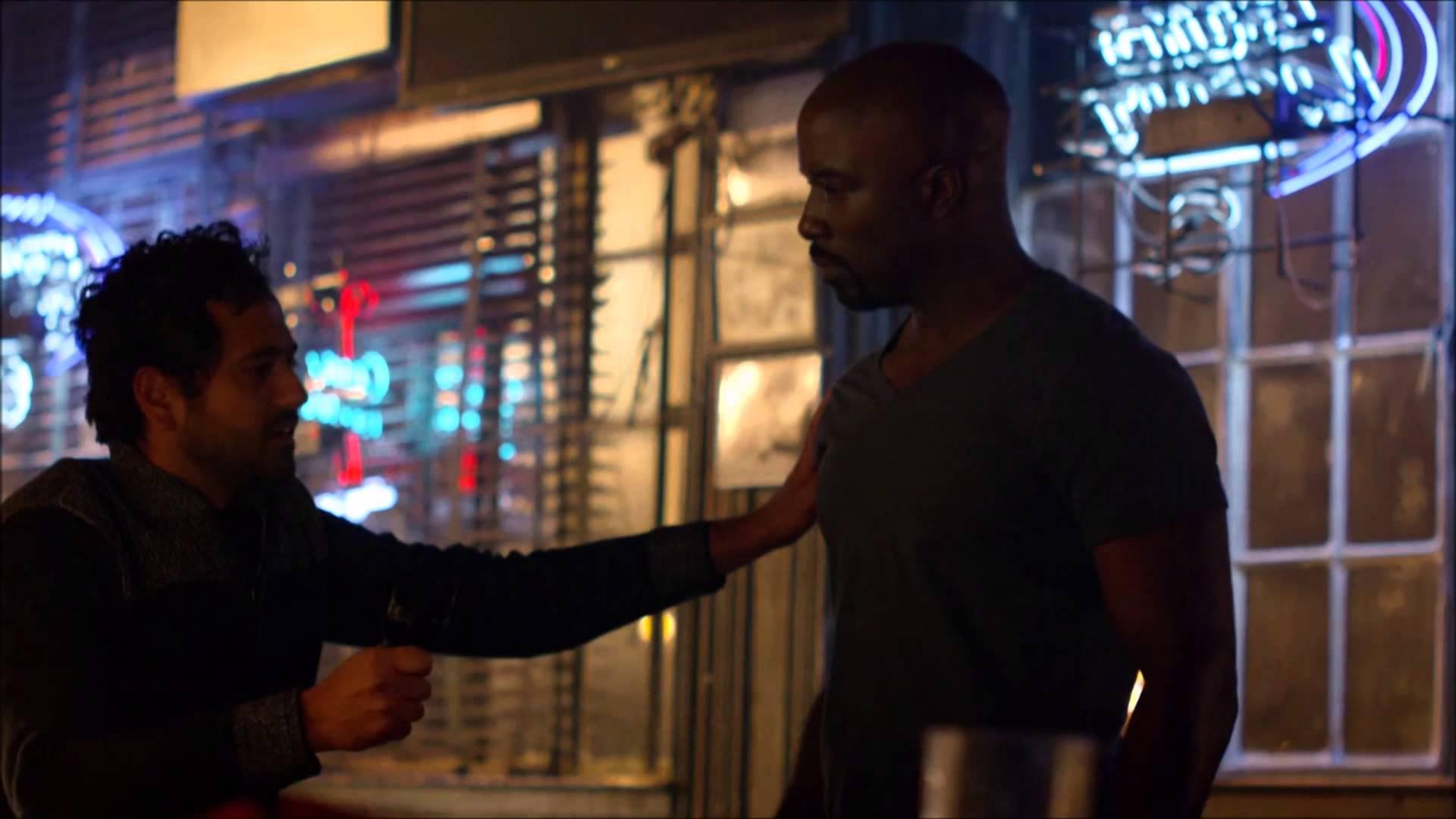 Jessica Jones and Luke Cage bar fight 1920x1080