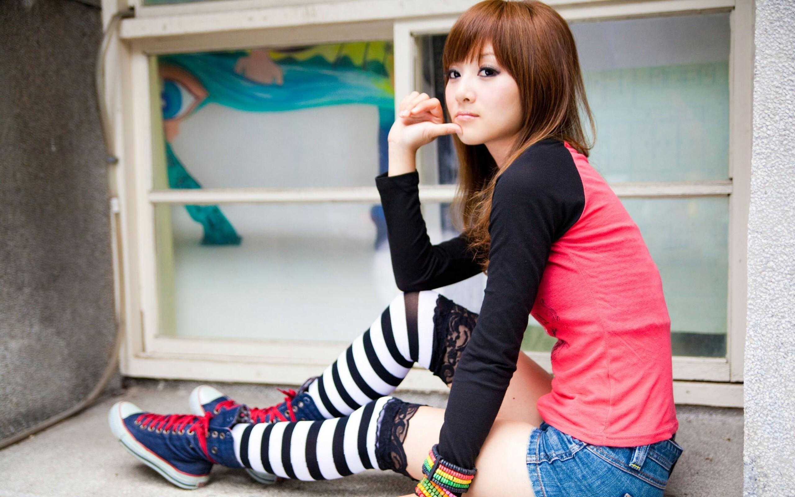 Mikako Zhang 36189 2560x1600px 2560x1600