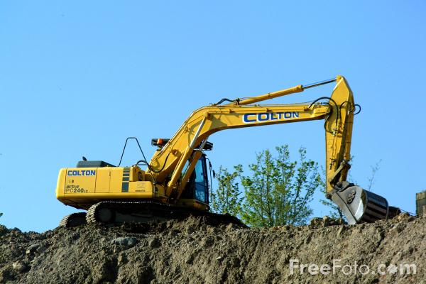 Construction Equipment pictures use image 21 09 2 by FreeFoto 600x400