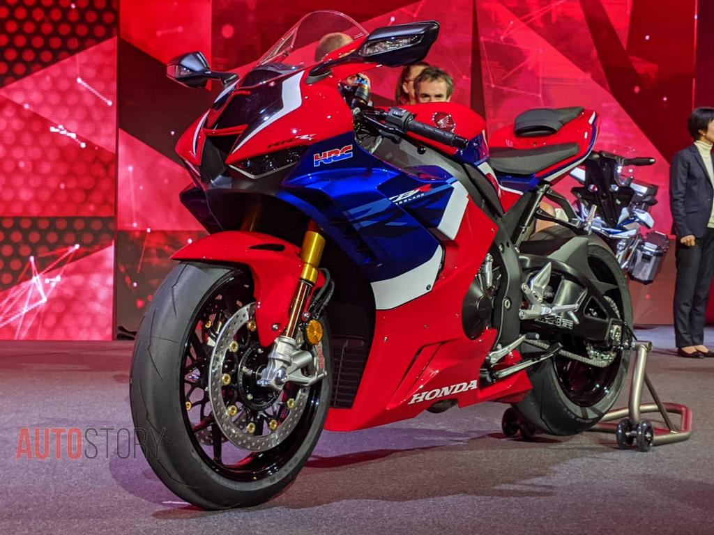 Honda unveils most powerful CBR1000RR R motorcycle at EICMA 2019 1024x768