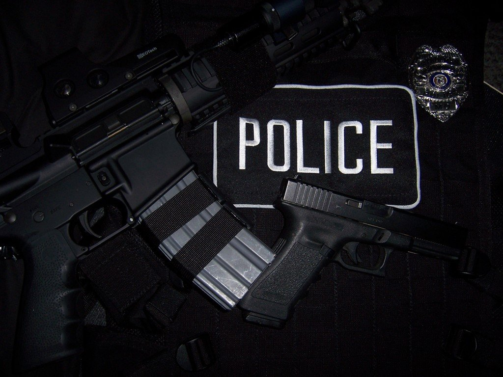 posttraumatic stress in police officers police officer law enforcement 1024x768