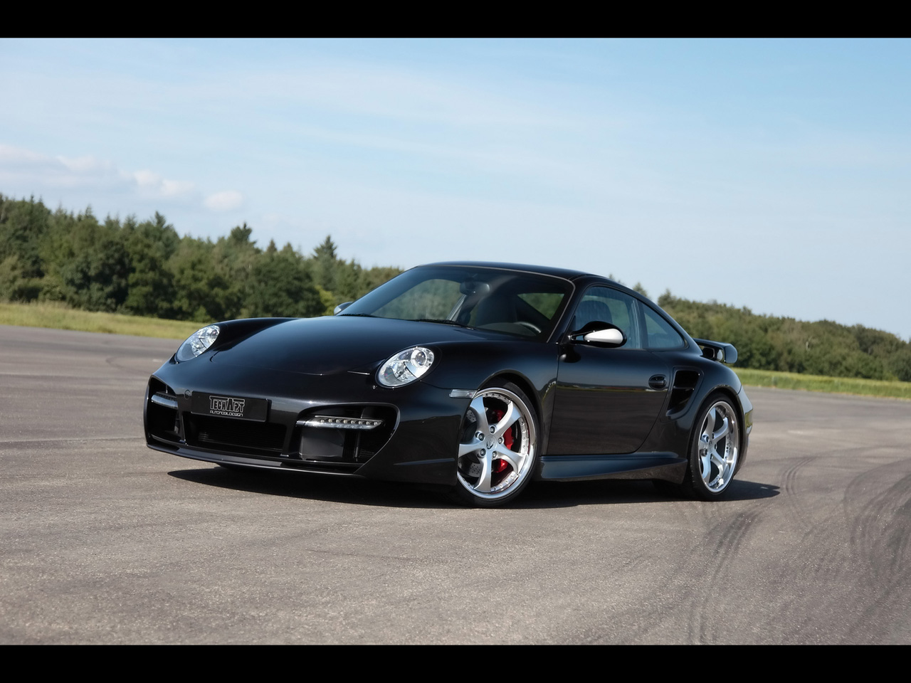 2006 <b>Porsche 911</b> 997 <b>Turbo</b> - Side - <b>1280x960 Wallpaper</b>