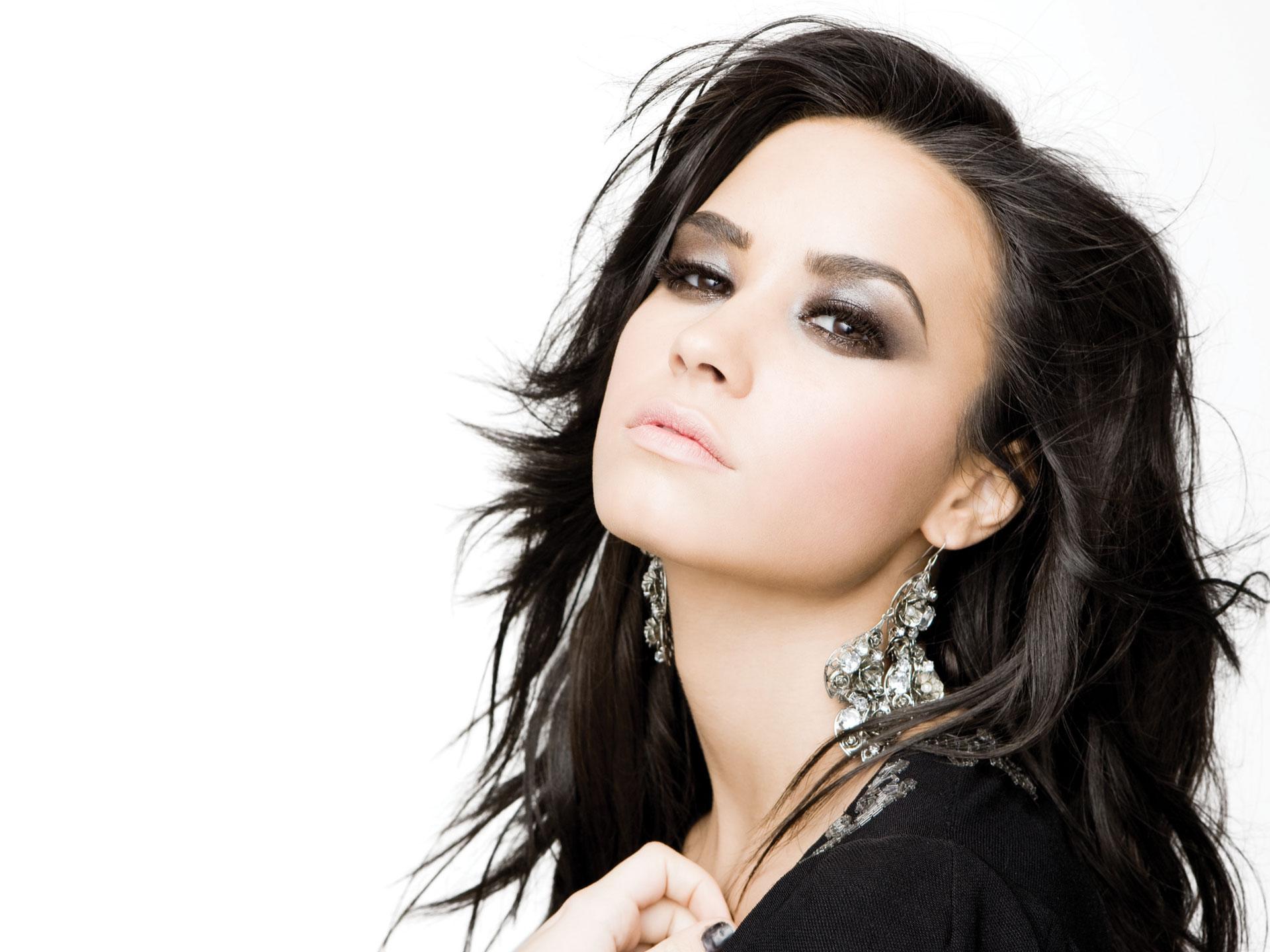 Demi   Demi Lovato Wallpaper 31049351 1920x1440