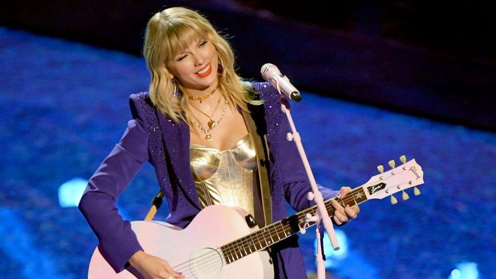 Taylor Swift Announces New Summer 2020 Tour Dates Makes History 970x546