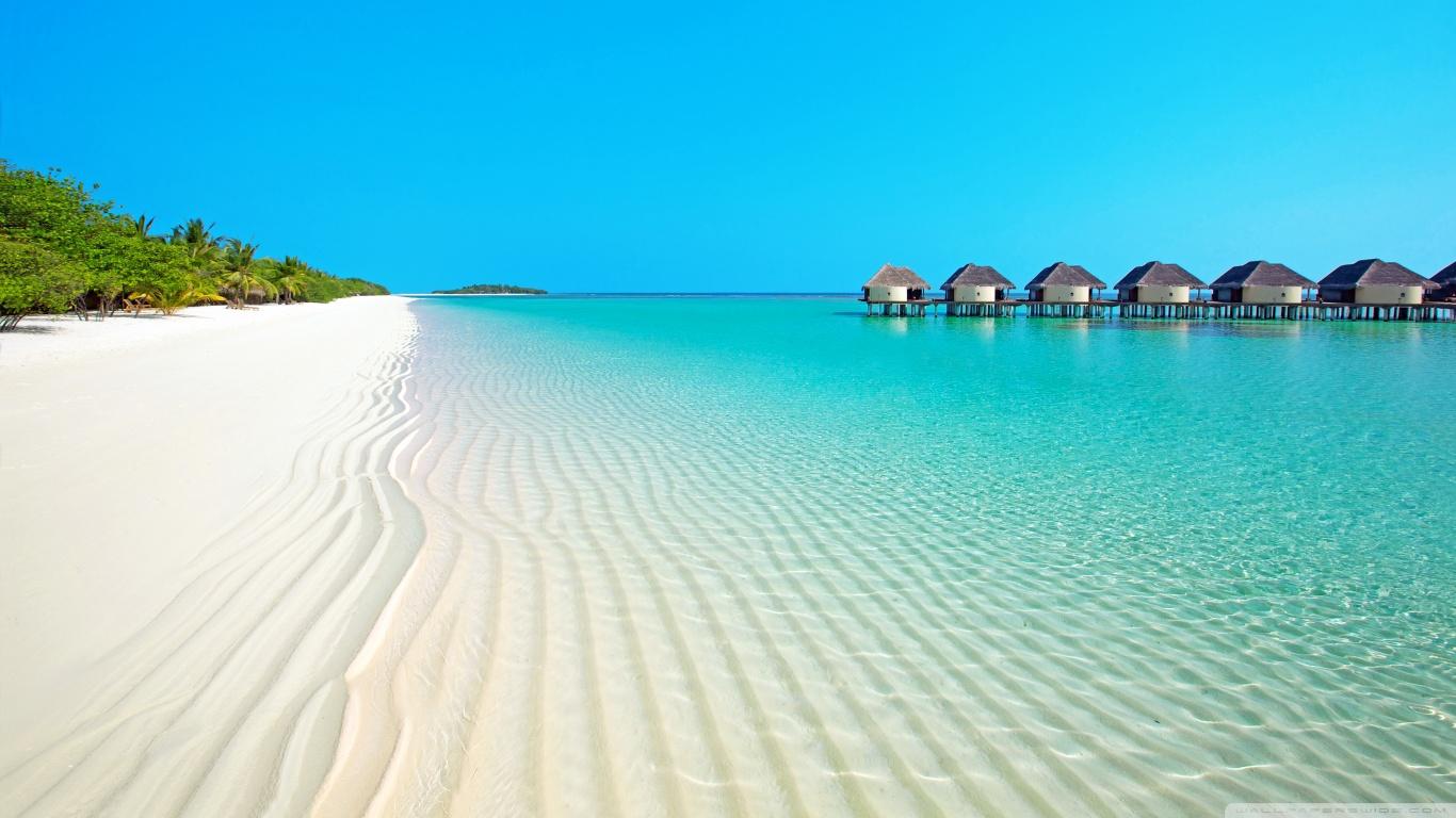 Island Beach 4K HD Desktop Wallpaper for Dual Monitor 1366x768