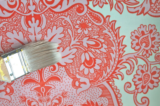 How to Make Removable Fabric Wallpaper 640x426