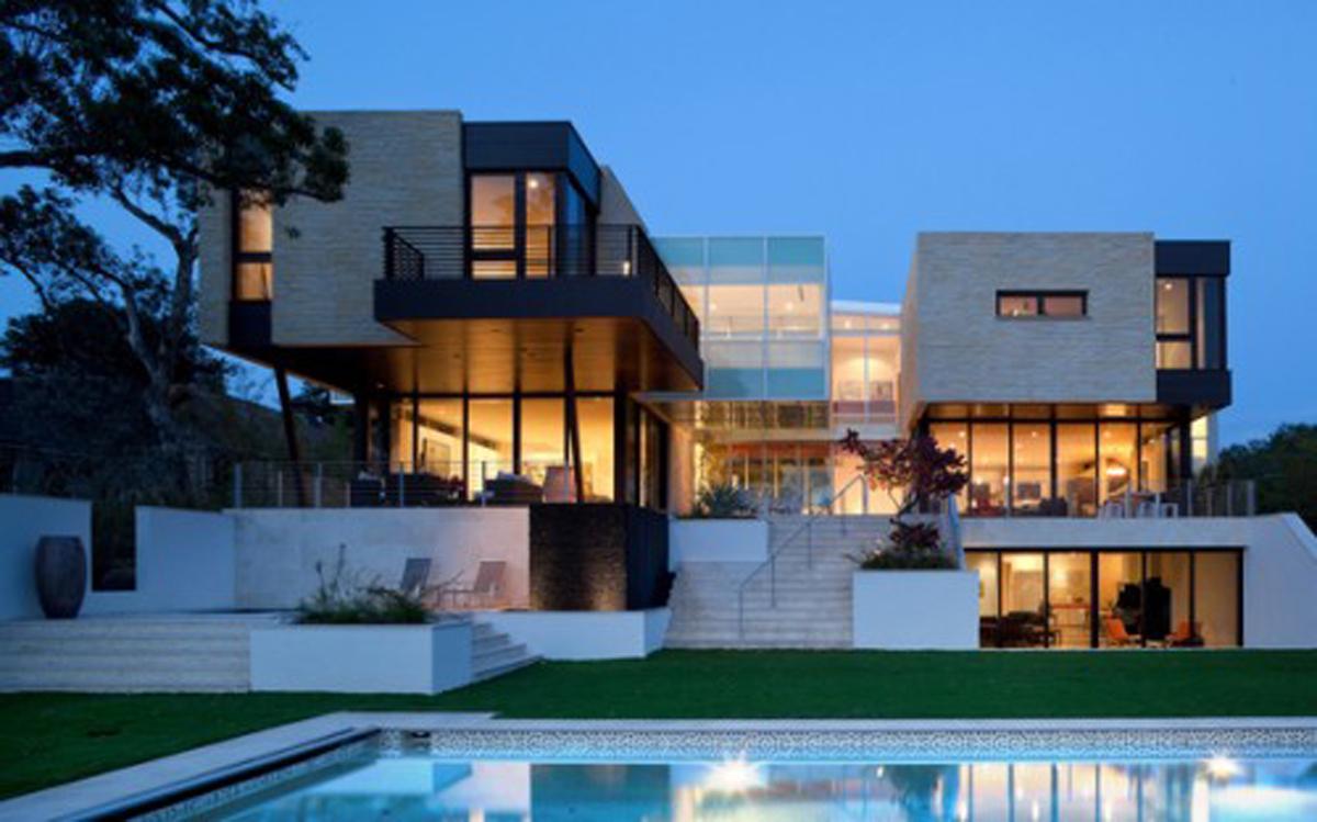 Beautiful Big House Wallpaper