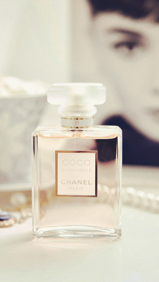 Coco Chanel Wallpaper   iPhone Wallpapers 540x960