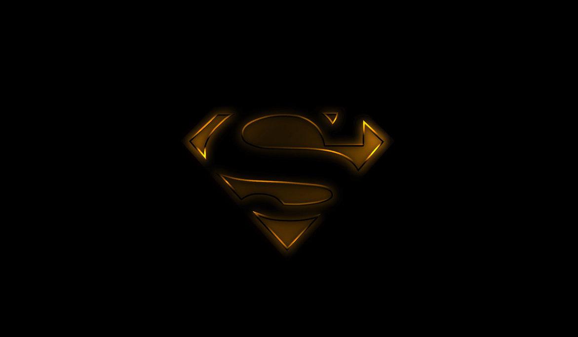 Superman Black and Gold by Wayanoru 1171x683