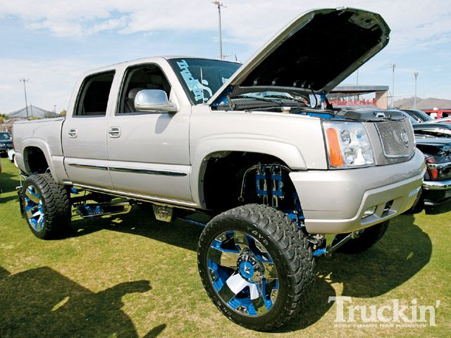 lifted chevrolet trucks wallpapers 640x480