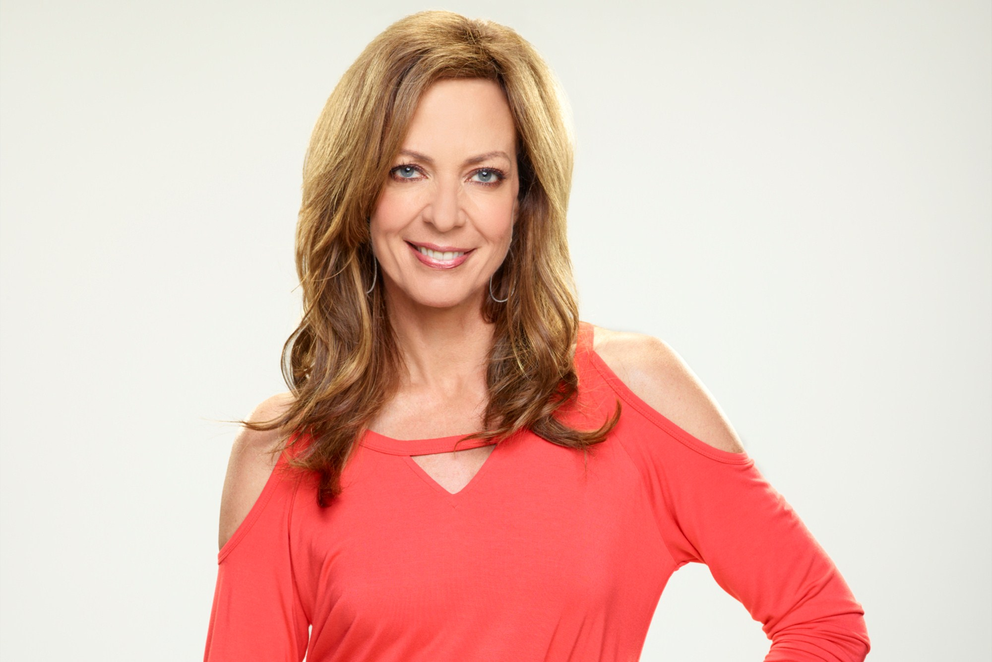 Allison Janney Smile Wallpaper 58185 2000x1334 px 2000x1334