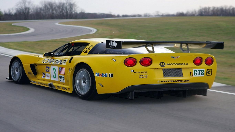 Chevrolet Corvette C6 Z06 wallpaper 12277 1365x768