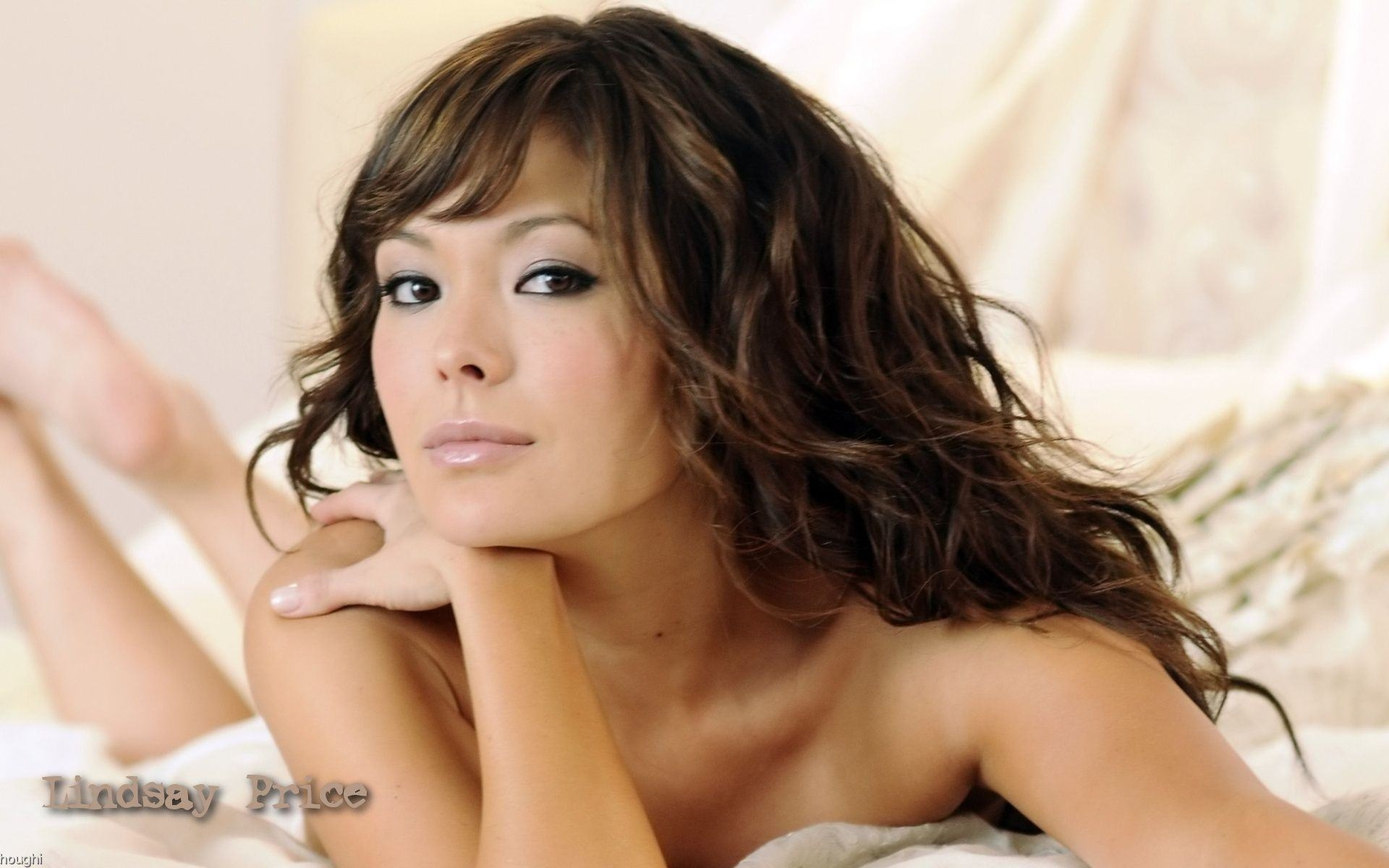 Wallpapers Backgrounds   Lindsay price maxim 1920 1200 Wallpapers 1920x1200