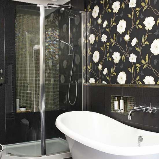 Statement bathroom wallpaper Bathroom tile ideas housetohomecouk 550x550