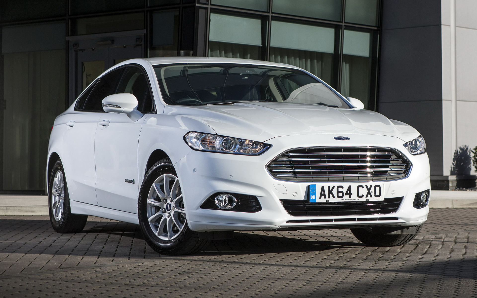 2014 Ford Mondeo Hybrid Sedan UK   Wallpapers and HD Images 1920x1200