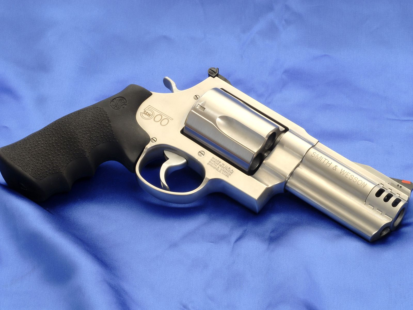 Smith Wesson Revolver Computer Wallpapers Desktop Backgrounds 1600x1200