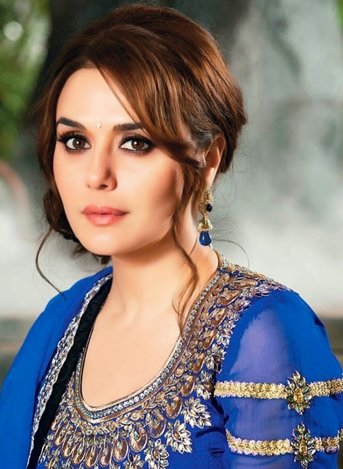 Latest Photo preity zinta Image Wallpaper   Beautiful Desktop HD 1169x1600