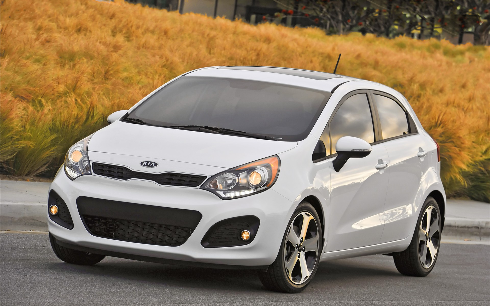 KIA RIO 5 2012 Wallpaper 7 Sense The Car 1920x1200