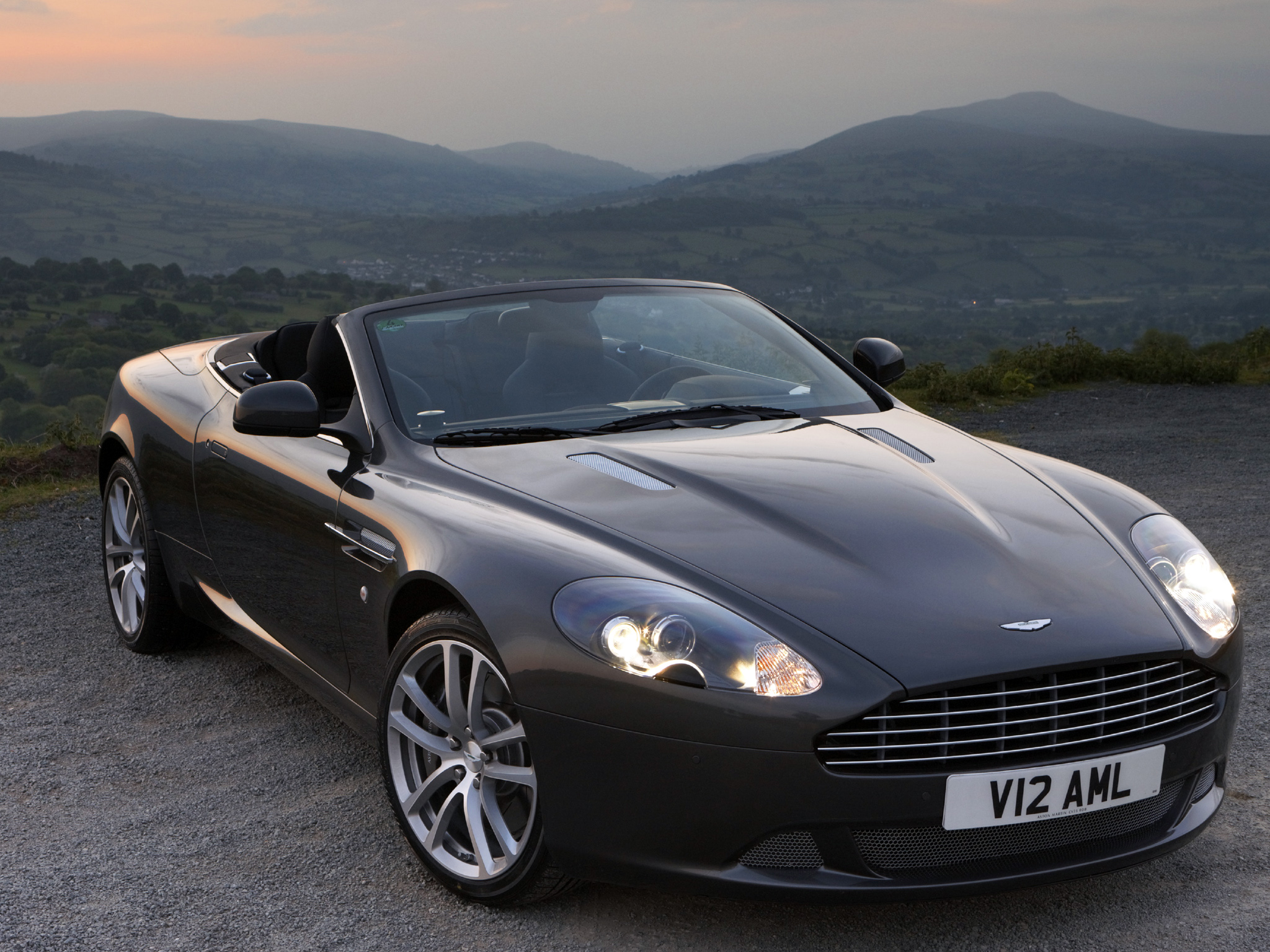 Aston Martin DB9 Volante Wallpapers Car wallpapers HD 2048x1536