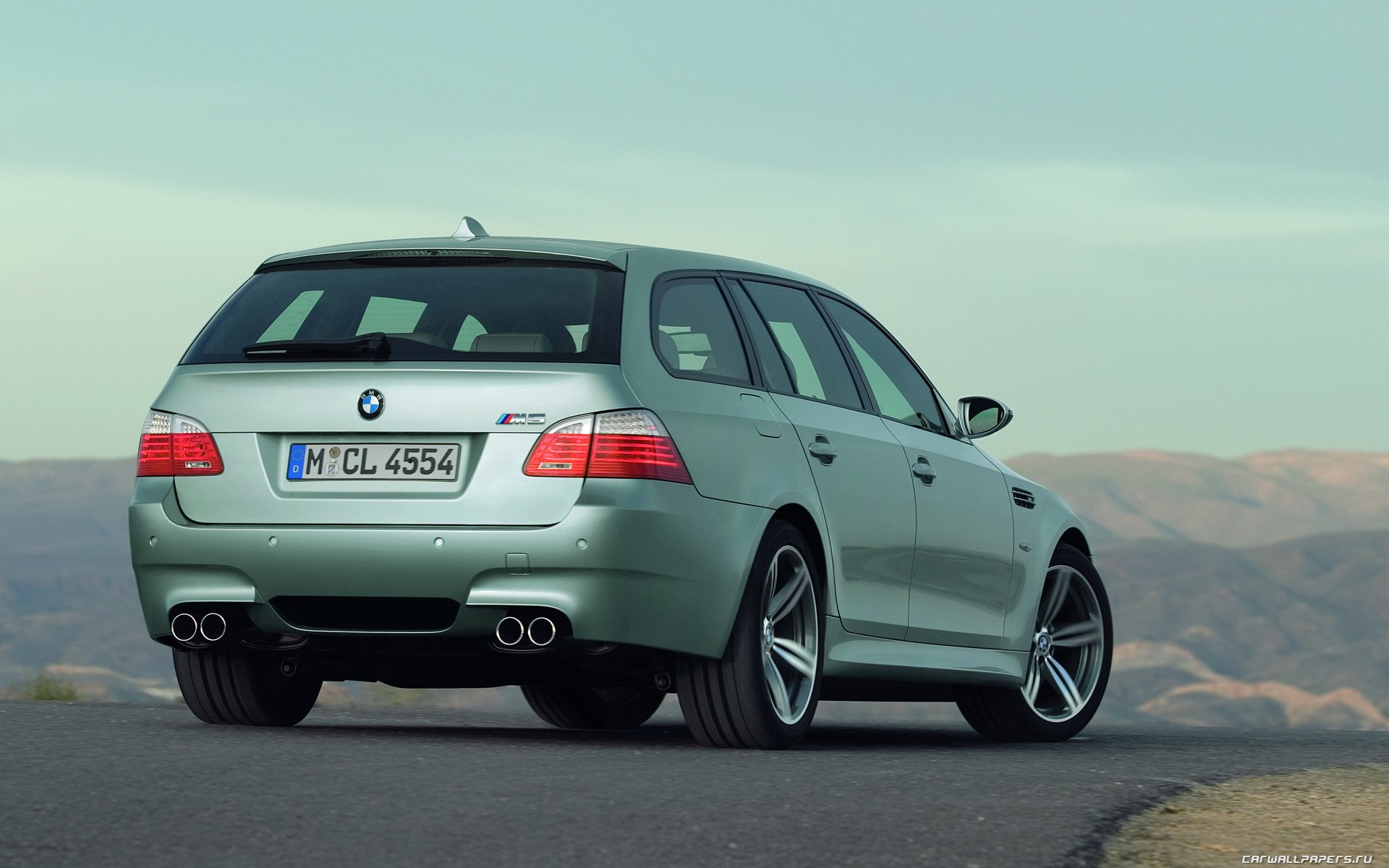 Car wallpapers   BMW M5 Touring   2006 1920x1200