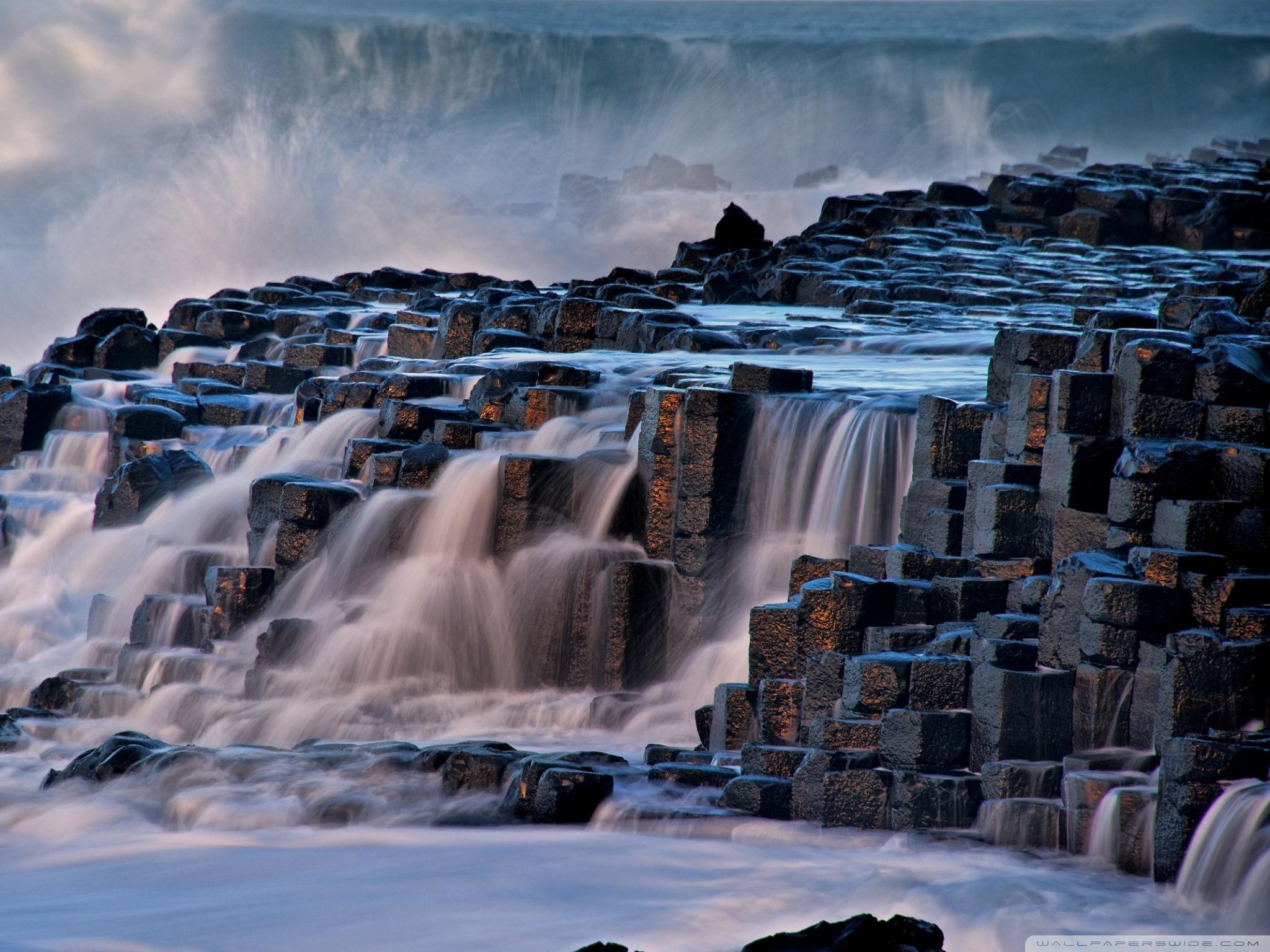 Giants Causeway Antrim Northern Ireland 4K HD Desktop Wallpaper 2048x1536