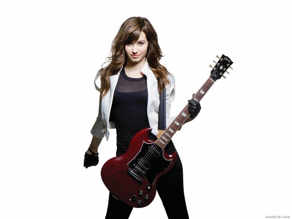 Demi Lovato High quality wallpaper size 1024x768 of Demi Lovato 1024x768