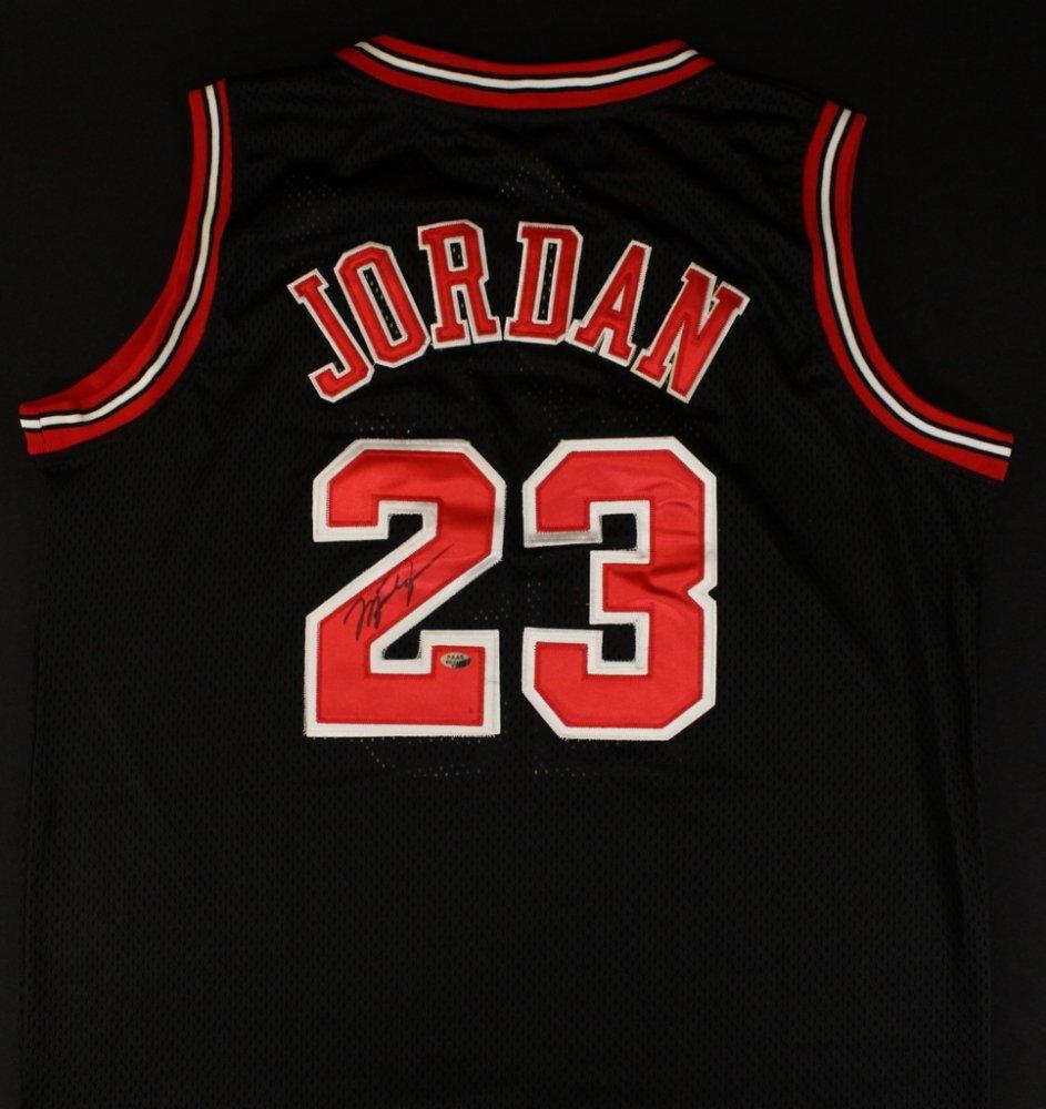 [38+] Michael Jordan Jersey Wallpaper On WallpaperSafari