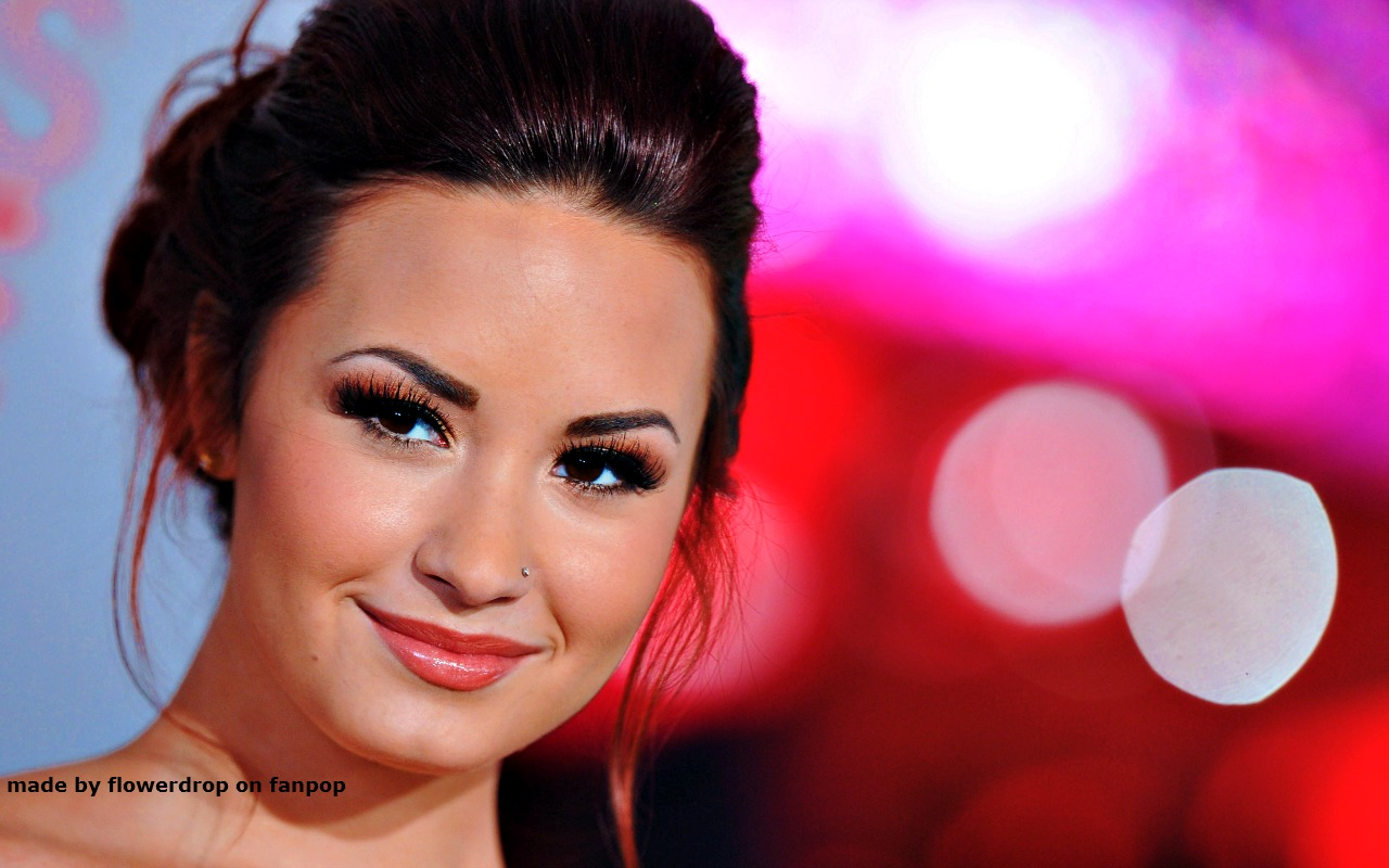 Demi Wallpaper   Demi Lovato Wallpaper 33028116 1280x800