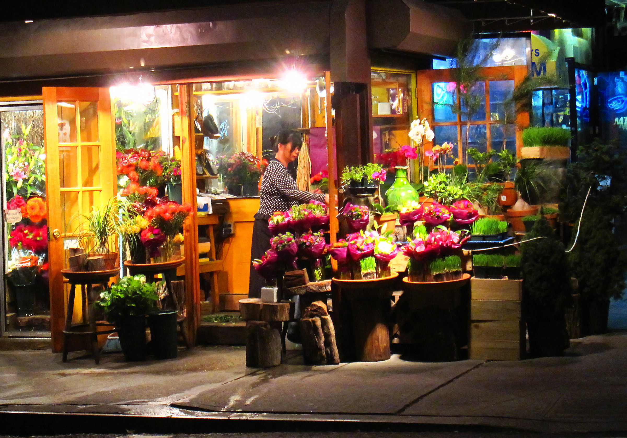 49+ NYC Wallpaper Store on WallpaperSafari