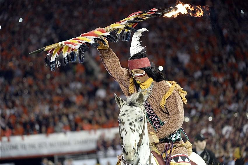 Jan 6 2014 Pasadena CA USA The Florida State Seminoles mascot 850x565