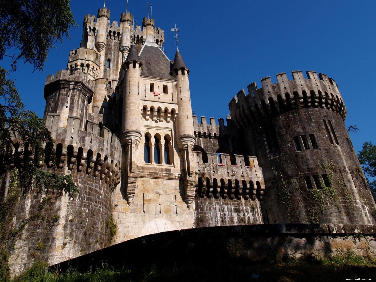 Medieval Castles Wallpaper - WallpaperSafari