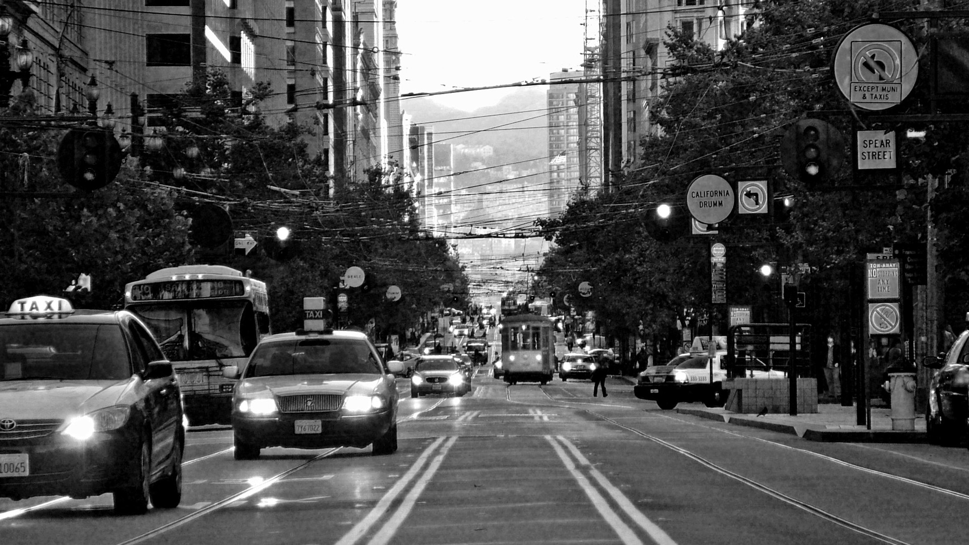 Download City Street Wallpaper HD 1920x1080