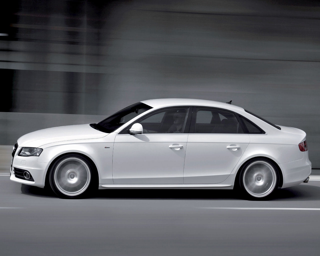 Please right click on the Audi A4 wallpaper below and choose Set as 1280x1024