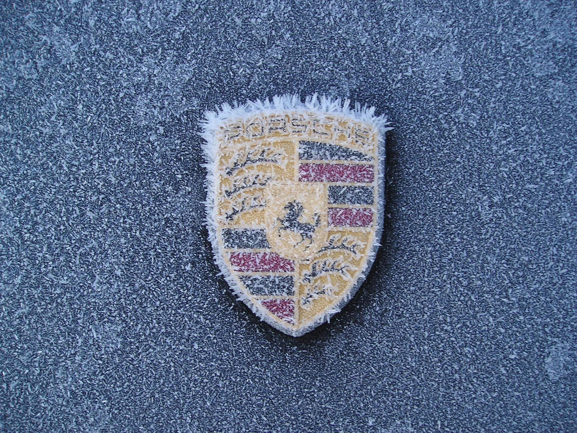 icy porsche emblem wallpaper 1920 pixel