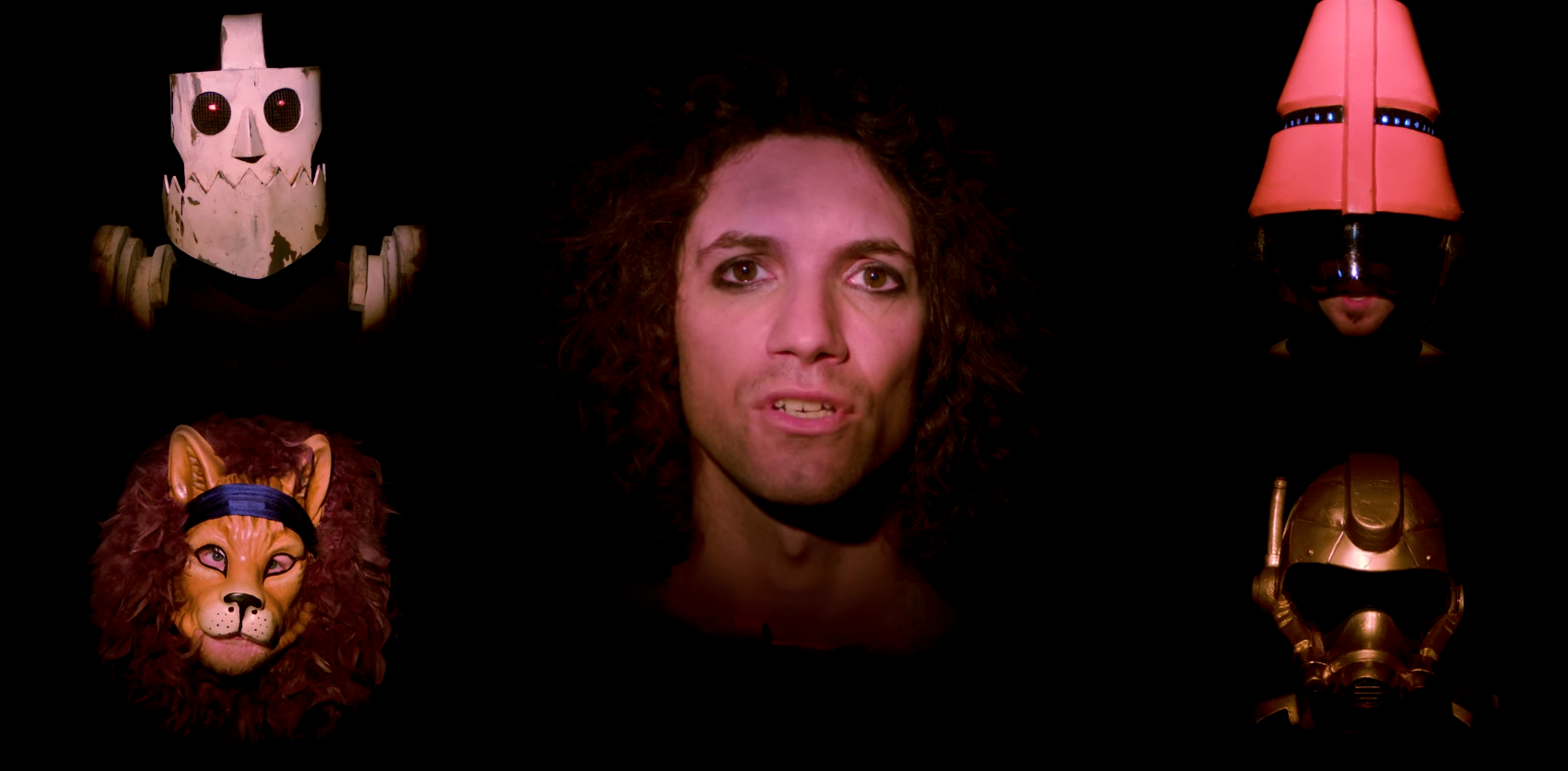 Screen capped a desktop background from Danny Dont You Know to 1702x837