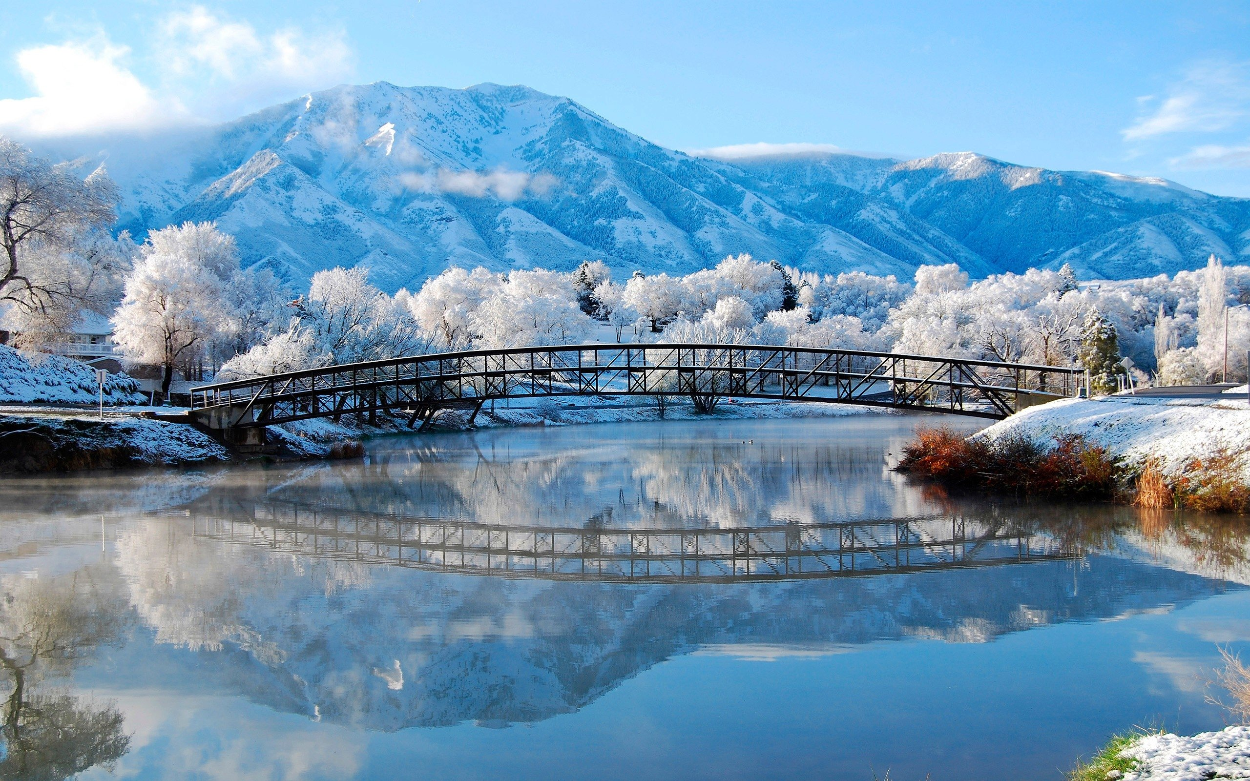 Winter landscape of the small river and mountains HD Desktop Wallpaper 2560x1600