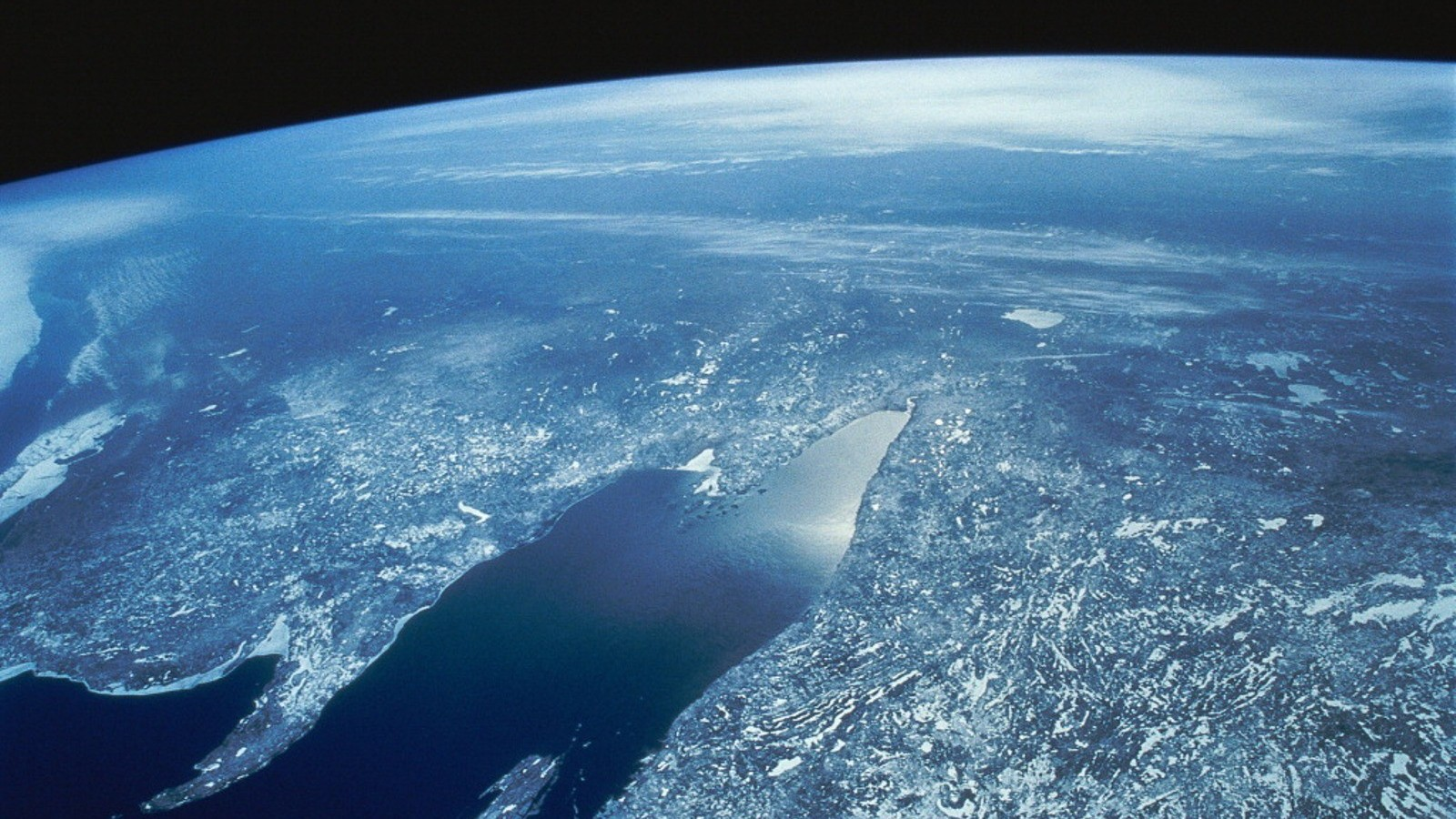 planet earth from space - HD1600×900