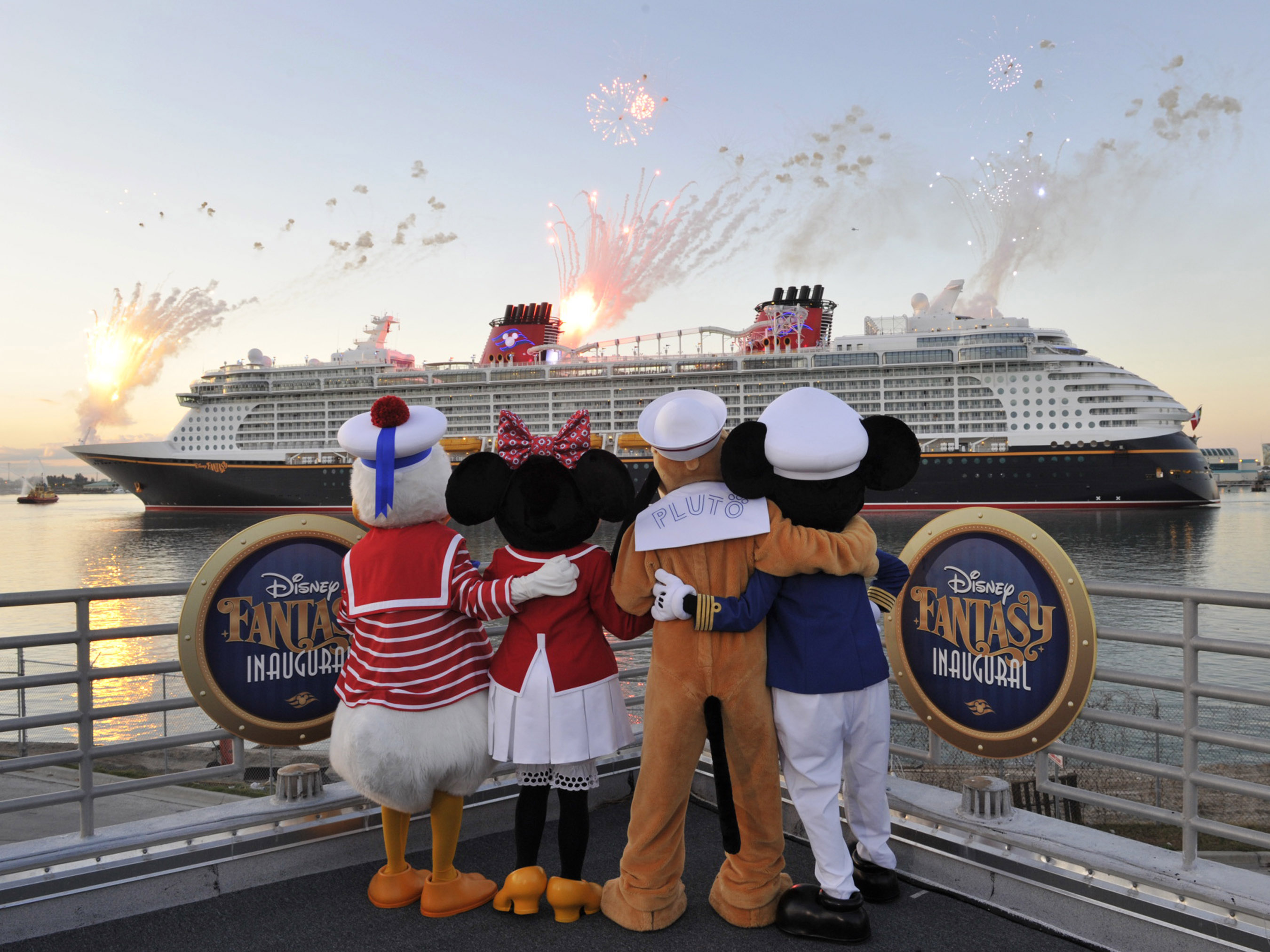 Discover what sets Disney Cruise Line apart Explore awardwinning family cruises featuring worldclass entertainment modern amenities and legendary service to