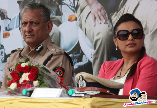 Rani Mukherjee Flags off Women Beat Marshall Picture 275217 650x450
